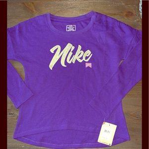 NWT NIKE THERMAL TOP GIRLS SZ medium purple
